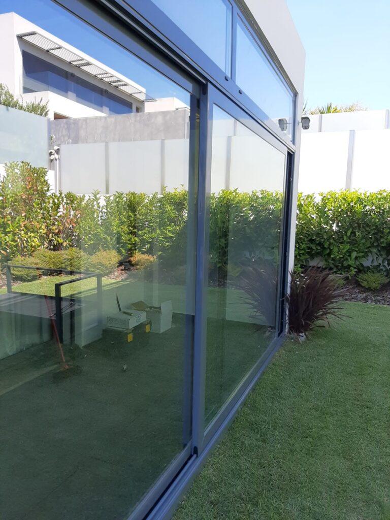 Caixilharia de Aluminio c/corte térmico e vidro térmico